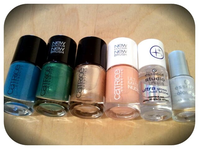 Incl. Catrice #650 Goldfinger, Essence Ultra Gloss Nail Shine & Essence Colour & Go #58 Frozen Queen