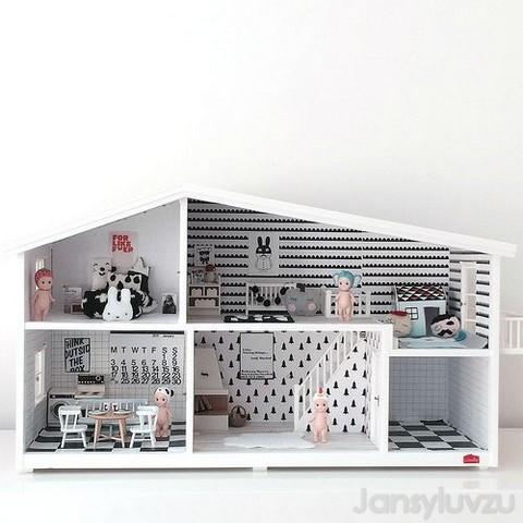 Een zelfgemaakt poppenhuis
