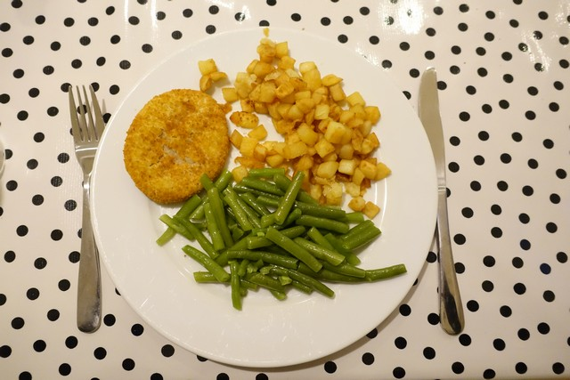 Kip, aardappeltjes en boontjes