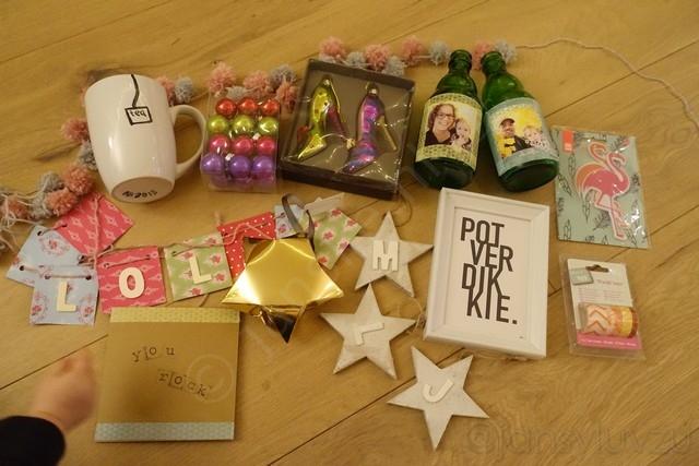 Allemaal leuke cadeautjes, dankjewel Bregje! X