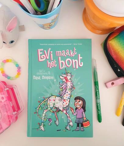 Evi Maakt Het Bont - Kinderboekenweek leestip